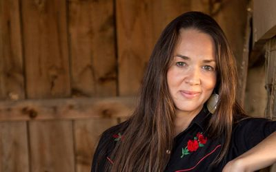 Dr. Kristina Jacobsen wins award for an article